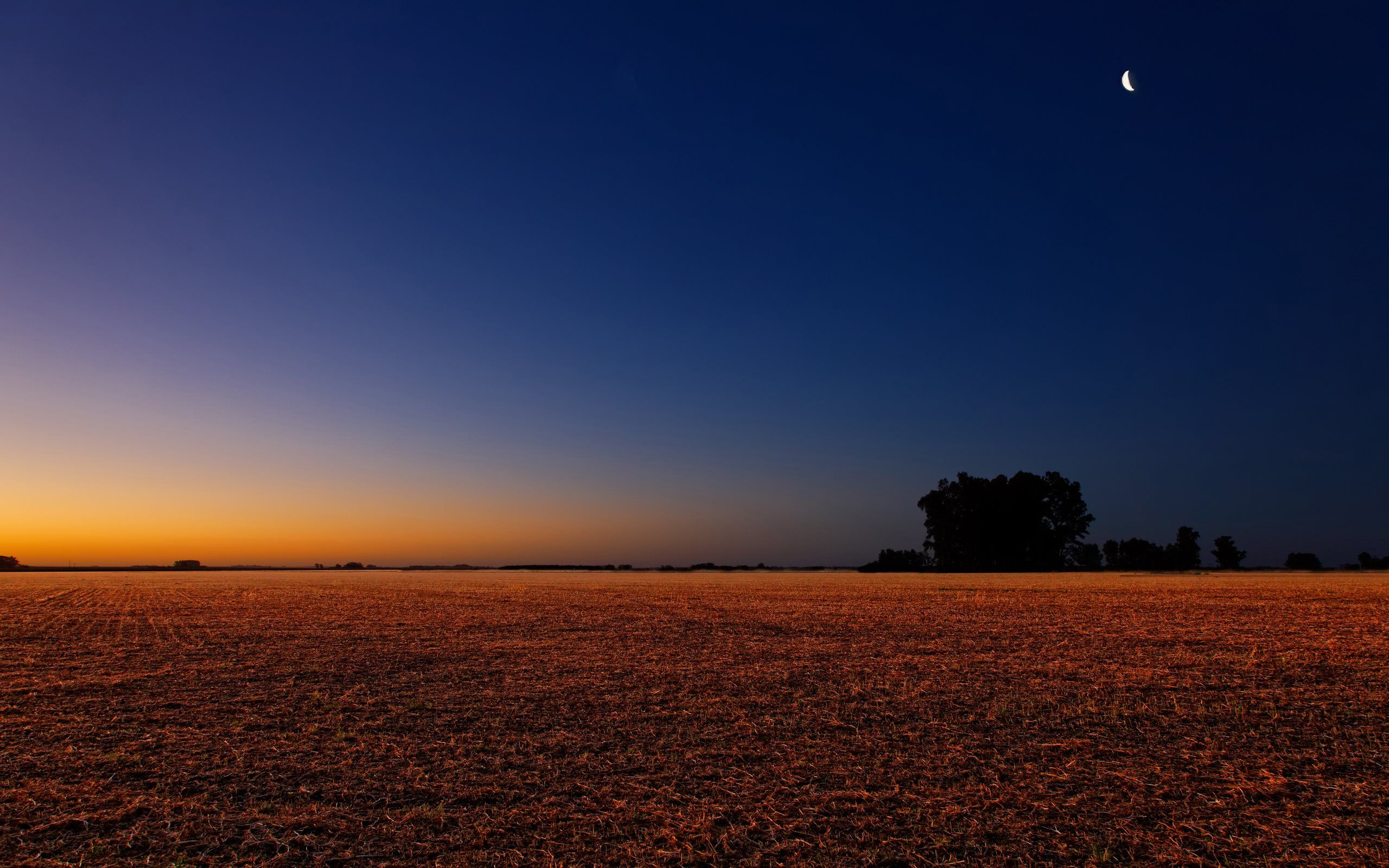 Horizont-colors-after-sunset.jpg
